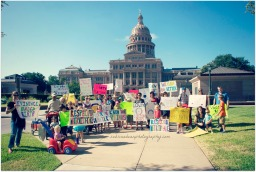 sabrina bean photography attends the Improving Birth National Rally